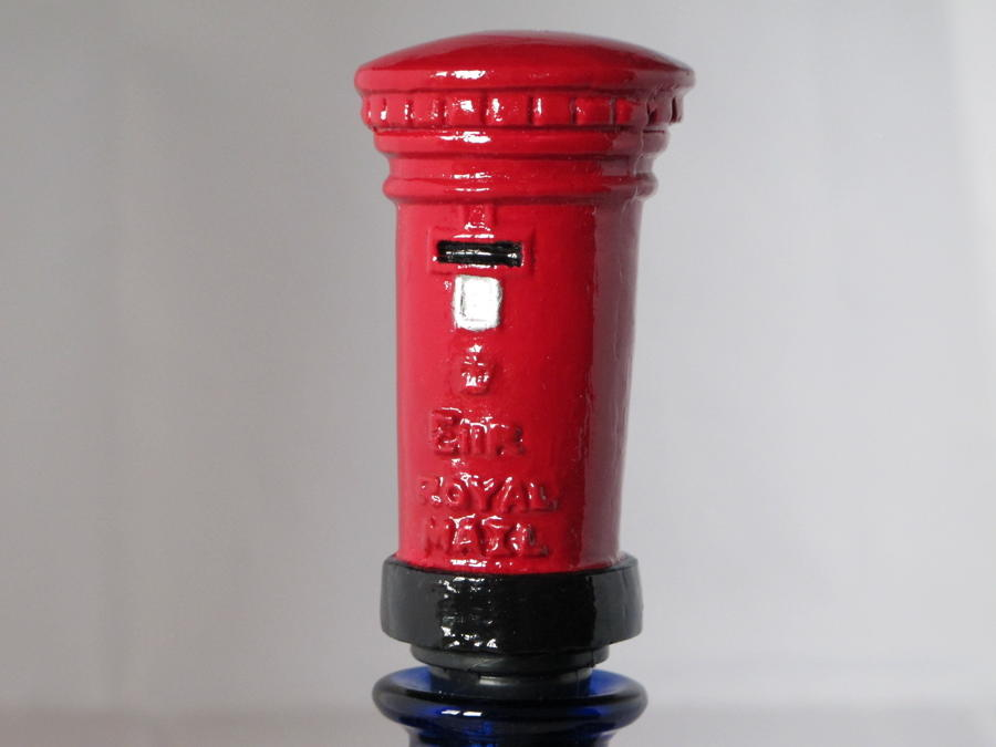 Post Box bottle stopper