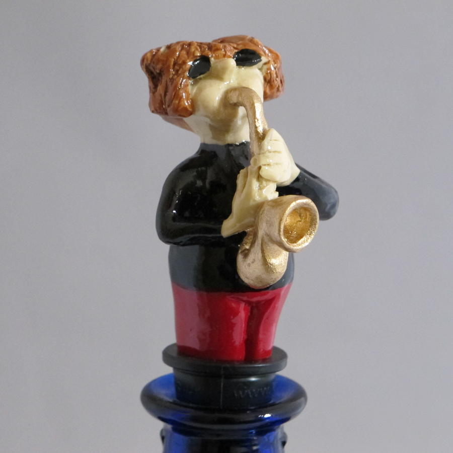 Saxophonist bottle stopper