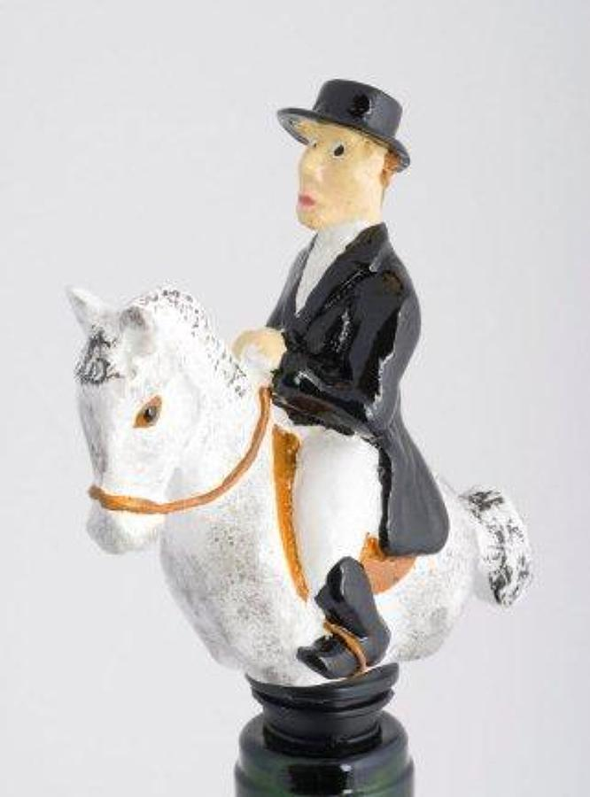 Dressage bottle stopper